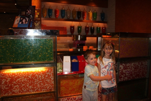 Isabelle & Oliver LOVED the Candy Station!