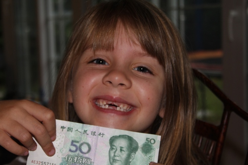 Toothless with Fairy Money!