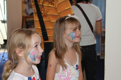 Face Painting on the girls - Ava and Isabelle
