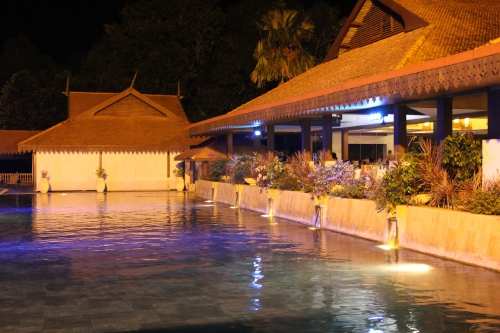 The pool in the evening - beautifully lit up
