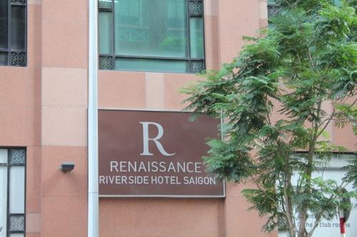 Renaissance Riverside Hotel