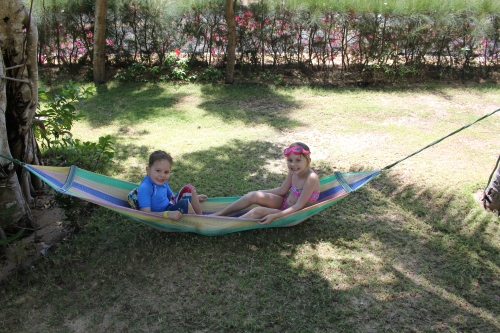 Good sharing of the hammock.