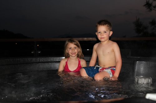 Night time hot tubbing!