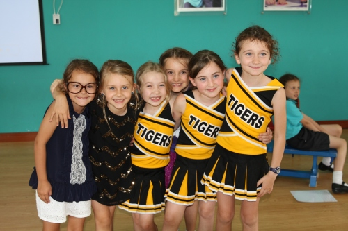 Maddie, Isabelle, Ava, Saskia and Sarah
