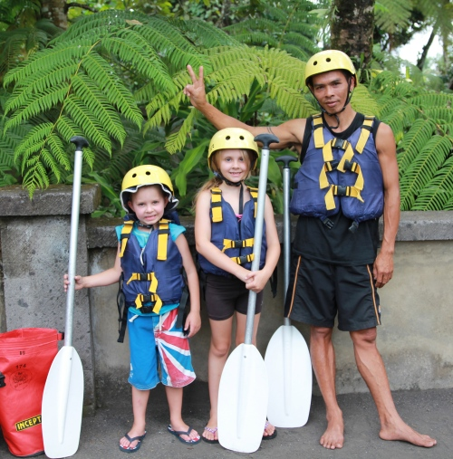 Ready to go!  Oliver & Isabelle with Wayan, our fantastic guide.  Life vest - check; helmet - check; paddle - check!