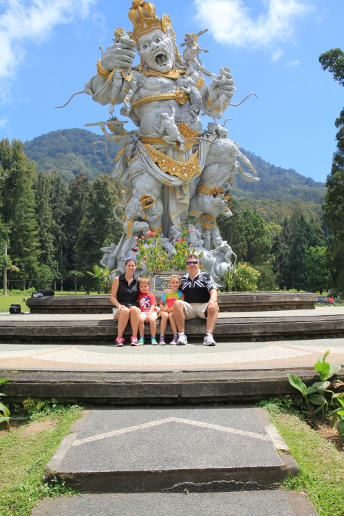The top of the driveway into the Botanical Gardens where we did the Tree Top Adventure.  The mountains behind this statue are a fabulous back drop.