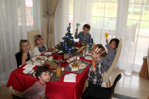 The kids are all ready to eat!