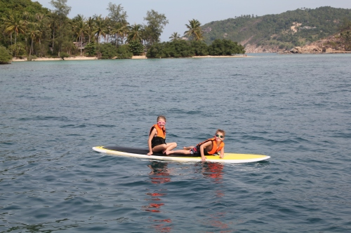 Isabelle and Oliver paddle boarding together!