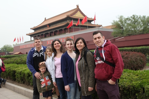 Owen, Oliver, Isabelle, Sara, Harley, Kim & Ashley at Ti'ananmen Square outside the Forbidden City.