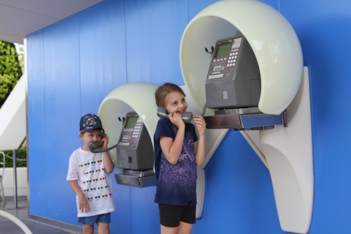 "Kids trying ""old fashioned"" telephones!"