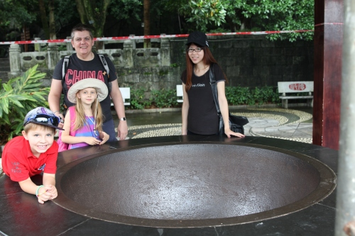 Owen, Kids and our guide, Lily by the Thousand Men Pot
