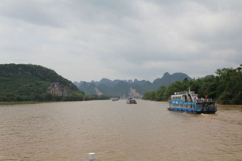 Follow the boats to Yangshuo......  Down the Yantze river.